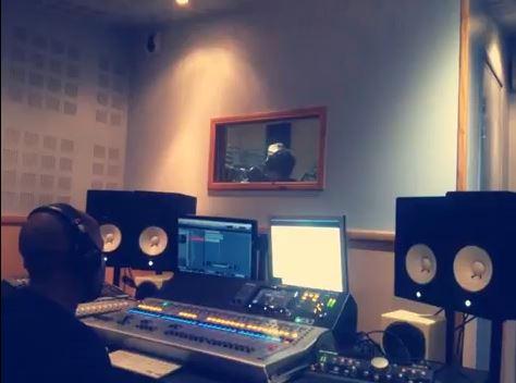 En plein enregistrement avec Kelly ManiSoul